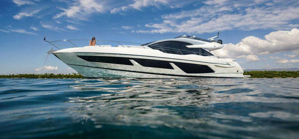 Du thuyền Sunseeker San Remo 52